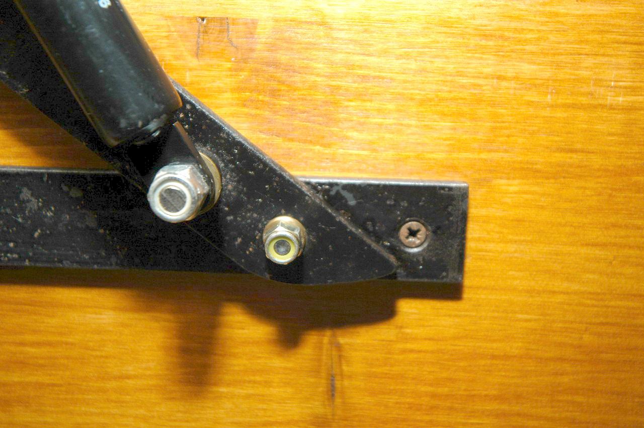 Meccanismo Letto Contenitore Ikea.Costruire Un Letto Contenitore Xorse