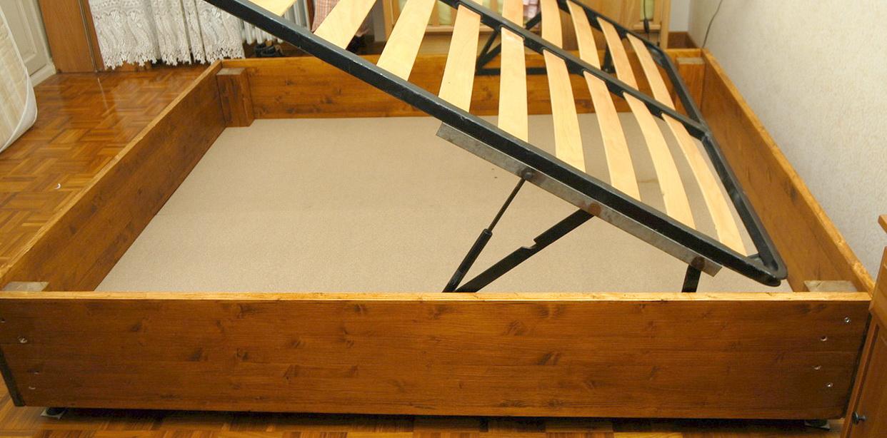 Costruire un letto contenitore design casa creativa e - Letto contenitore fai da te ...